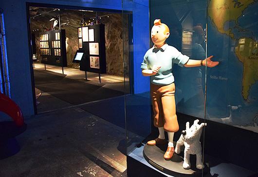 Tintin och Milou välkomnar besökaren in till den tredjedel av museet som ägnas åt seriernas värld. Foto: Irène Karlbom Häll