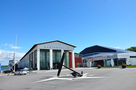 Björn Malmström är arkitekten bakom både huvudbyggnaden med sin stilrena entré och den nybyggda Ubåtshallen med fasad i rostfri plåt.
