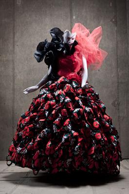 Koroly gjorde kostymerna när Shakespeares Trettondagsafton 2010 sattes upp på Stockholms stadsteater.