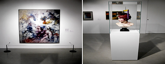 Vänster: Det tar en stund att orientera sig i Dorothea Tannings intensiva målningar.Höger: Monterns glas förstärker besökarens hjälplöshet inför Wilhelm Freddies otäcka Sex Paralysappeal.
