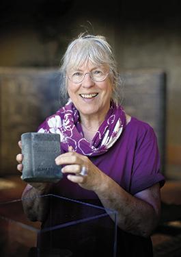Ulla Viotti har utvecklat en särskild lyhördhet för teglets möjligheter. Foto: Stewen Quigley