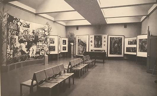 Utställningen God konst i hem och samlingsokaler på Nationalmuseum 1945.