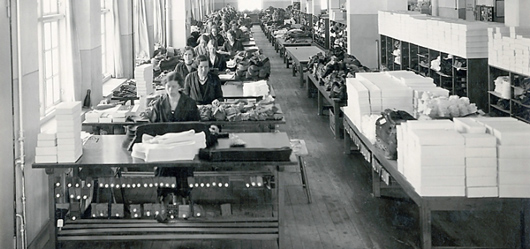 Sysal i en av Eisers fabriker i Borås.