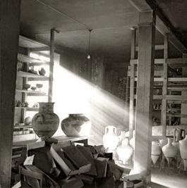 Magasinering i Stockholm, 1940-tal Arkivbild Medelhavsmuseet